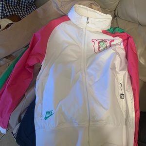 NWOT Tar Heels Nike jacket